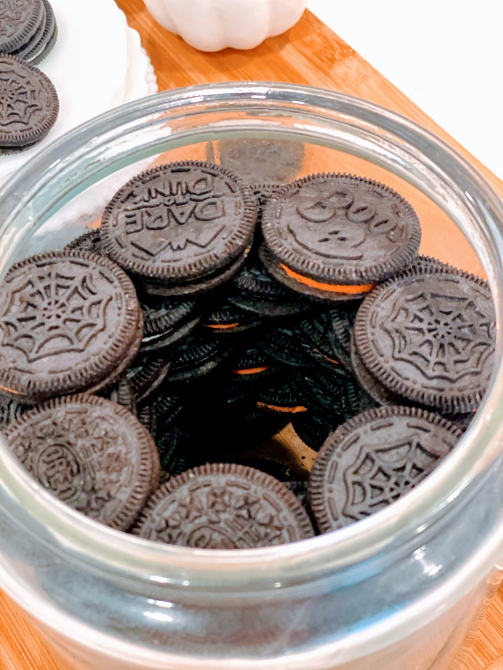 OREO HALLOWEEN JARS: FUN FALL IDEAS